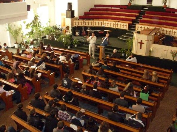 Vă place Biserica noastră văzută de sus?