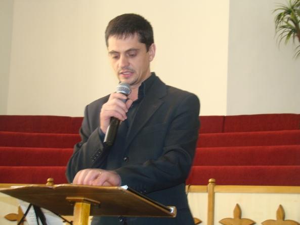 Nicu Holban, lider de tineret - Isus Salvatorul, provoacă tinerii la misiune.