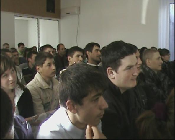 Conferinţa de tineret pe comunitate BUceag